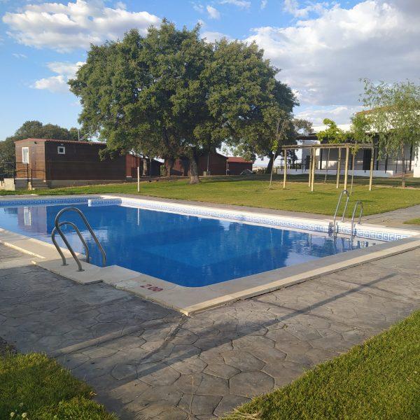 Albergue piscina 4